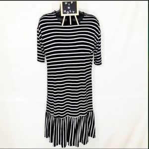 EXIST STRIPED RUFFLE DRESS BLACK WHITE SIZE SMALL